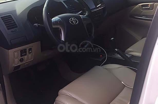 Bán xe cũ Toyota Camry đời 2014, màu trắng4