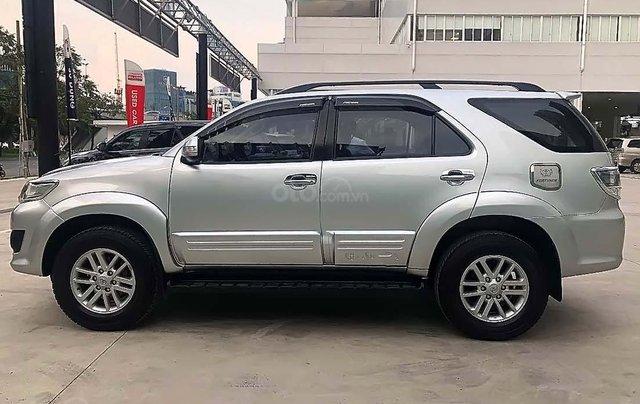 Bán xe Toyota Fortuner 2.7V 4x2 AT năm 2013, màu bạc, số tự động 4