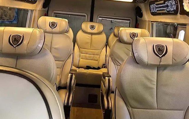 Bán Ford Transit Limousine đời 2017, màu đen xe gia đình, 720 triệu1