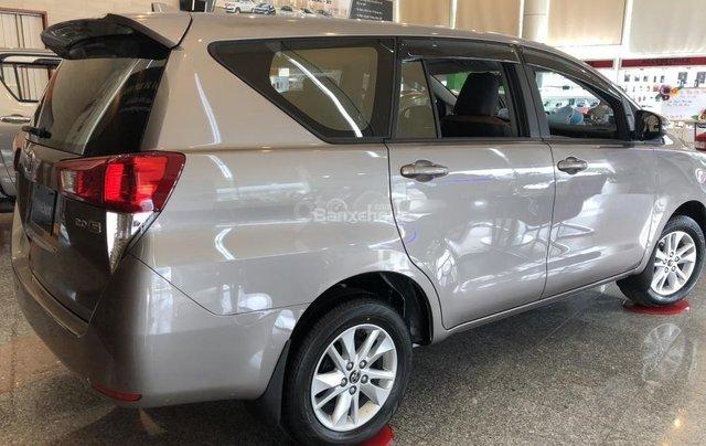 Toyota Đà Nẵng bán Innova 2.0E 2019 giảm ngay 80Tr giá chỉ còn 691Tr - Trả góp LS 0%/tháng - LH 09035986673