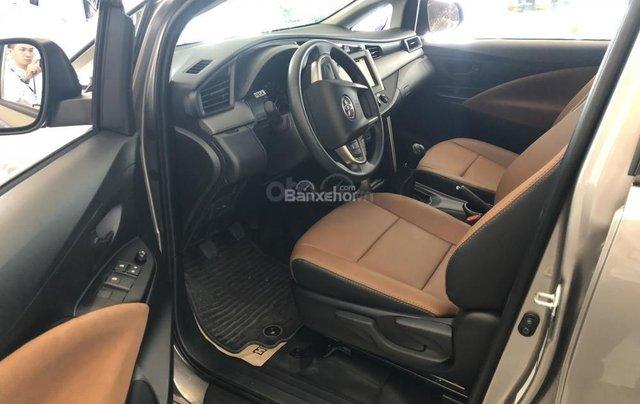 Toyota Đà Nẵng bán Innova 2.0E 2019 giảm ngay 80Tr giá chỉ còn 691Tr - Trả góp LS 0%/tháng - LH 09035986674