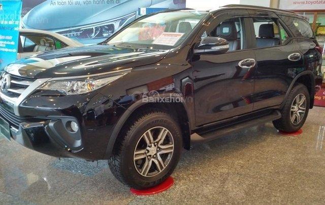 Toyota Fortuner 2.4G MT - 963 triệu - Đủ màu - Ưu đãi quà tặng theo xe - Liên hệ 09035986671