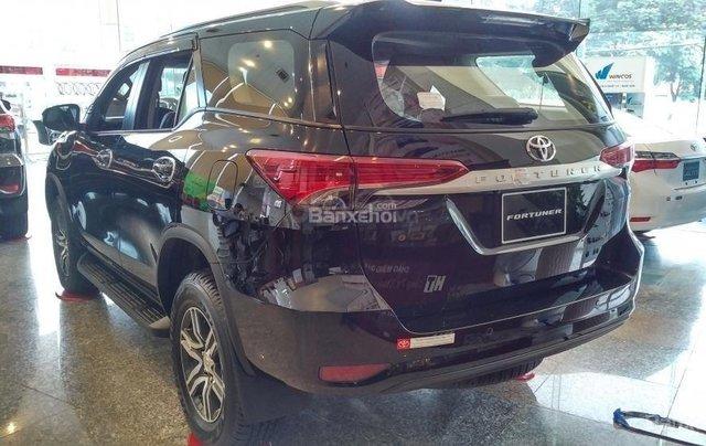 Toyota Fortuner 2.4G MT - 963 triệu - Đủ màu - Ưu đãi quà tặng theo xe - Liên hệ 09035986672
