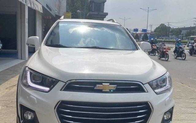 Cần bán Chevrolet Captiva 2.4LTZ đời 2017, màu trắng0