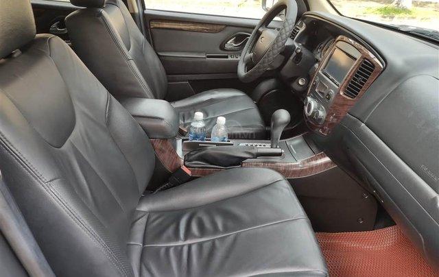 Ford Escape XLT số tự động, màu xám 20105