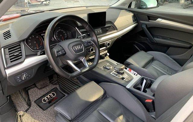 Cần bán lại xe Audi Q5 Sport năm sản xuất 2017, màu đen, xe nhập7