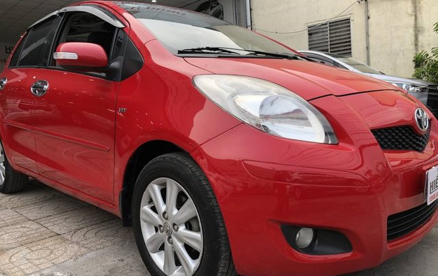 Cần bán Toyota Yaris 1.5G sản xuất 2011, màu đỏ, nhập khẩu 0