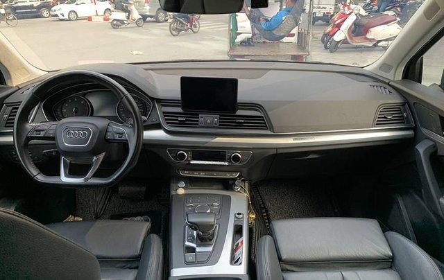 Cần bán lại xe Audi Q5 Sport năm sản xuất 2017, màu đen, xe nhập6