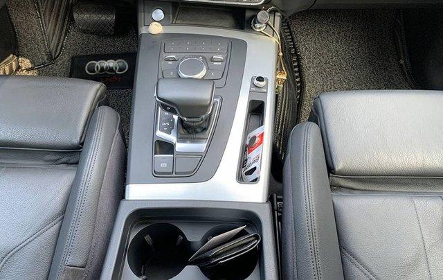 Cần bán lại xe Audi Q5 Sport năm sản xuất 2017, màu đen, xe nhập3