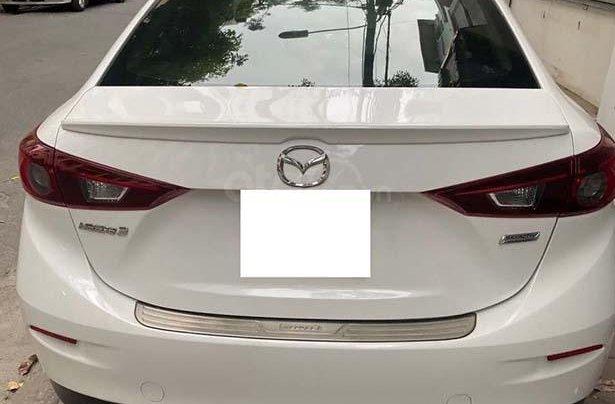 Bán xe Mazda 3 1.5 AT đời 2018, màu trắng, 630tr1