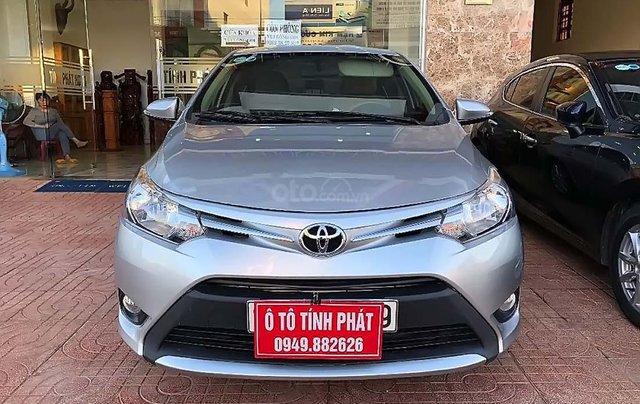 Cần bán xe Toyota Vios 1.5E sản xuất năm 2017, màu bạc0