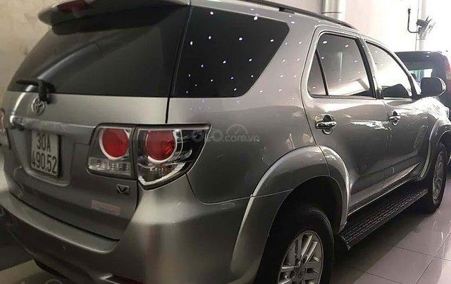 Bán Toyota Fortuner 2.7V 4x2 AT sản xuất 2013, màu bạc, số tự động1