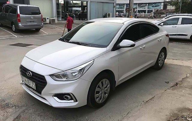 Bán Hyundai Accent 1.4MT năm 2019, màu trắng0