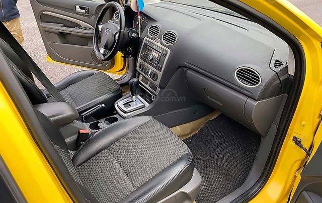Cần bán xe Ford Focus 2.0AT đời 2006, màu vàng4