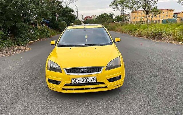 Cần bán xe Ford Focus 2.0AT đời 2006, màu vàng1