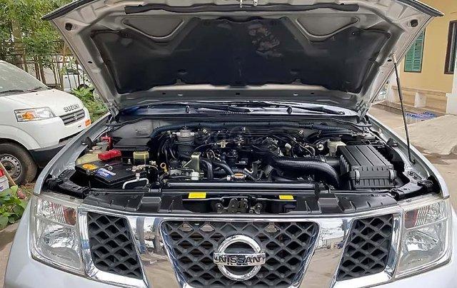 Bán Nissan Navara 2013, màu bạc, xe nhập, số tự động2