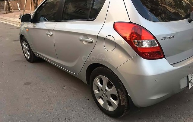Bán Hyundai i20 1.4 AT năm 2012, màu bạc, xe nhập, số tự động 3