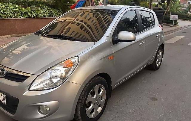 Bán Hyundai i20 1.4 AT năm 2012, màu bạc, xe nhập, số tự động 0