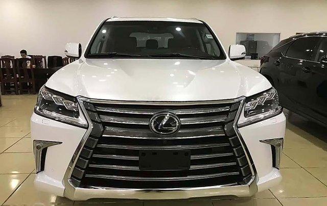 Cần bán gấp Lexus LX570 sản xuất năm 2016, màu trắng, nhập khẩu3