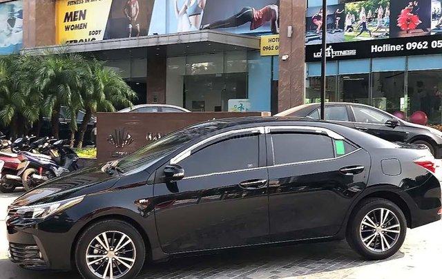 Bán Toyota Corolla Altis 1.8G AT năm sản xuất 2018, màu đen, chính chủ  1