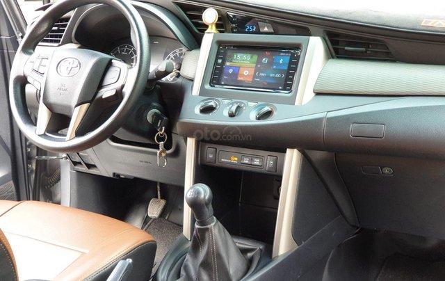 Mua xe ngay nhận ngay ưu đãi lớn cuối năm chiếc xe  Toyota Innova 2.0E đời 2019, màu bạc 5