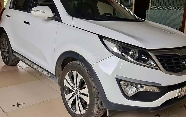 Bán Kia Sportage Limited sản xuất năm 2010, màu trắng, nhập khẩu0