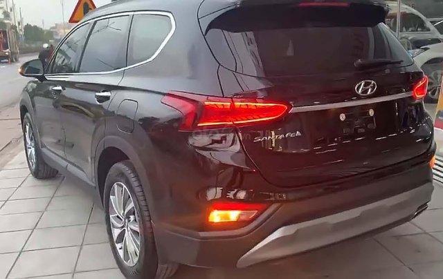 Bán xe cũ Hyundai Santa Fe 2.4AT sản xuất 2019, màu đen1