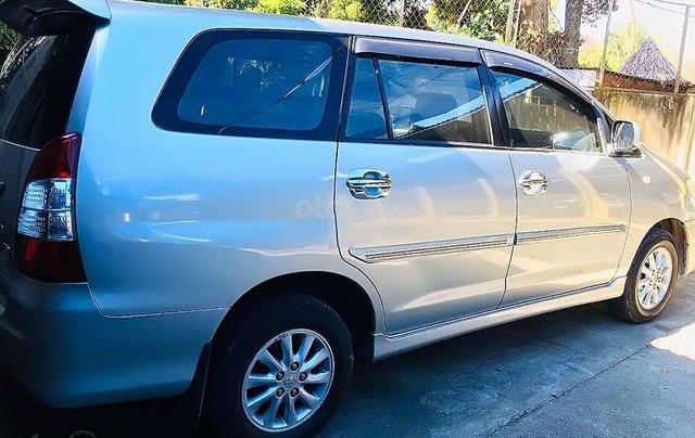Bán Toyota Innova 2.0E 2013, màu bạc, xe như mới, giá 455tr0