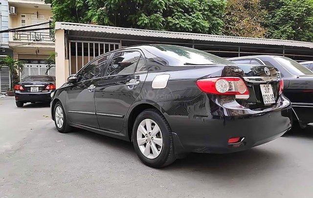 Bán Toyota Corolla Altis 1.8G MT năm sản xuất 2011, màu đen, chính chủ 1