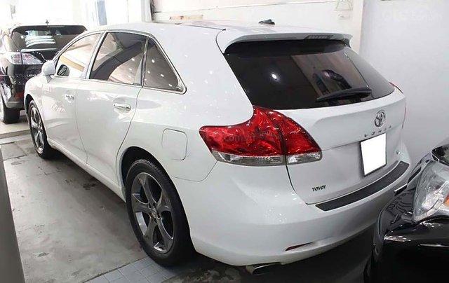 Bán xe Toyota Venza 3.5 2010, màu trắng, nhập khẩu  1