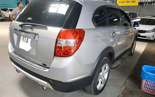 Bán xe cũ Chevrolet Captiva LT năm sản xuất 2013, màu bạc1