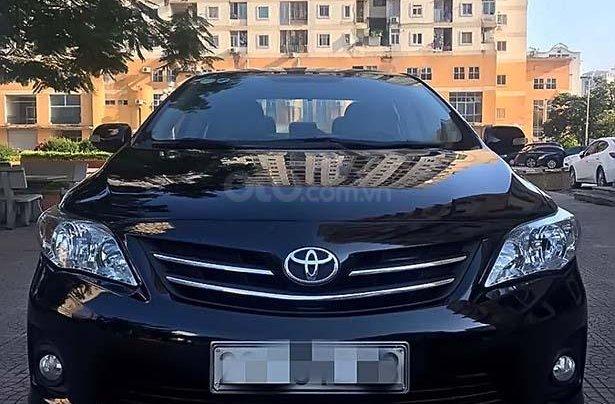 Cần bán xe Toyota Corolla Altis 1.8 đời 2012, màu đen, chính chủ0