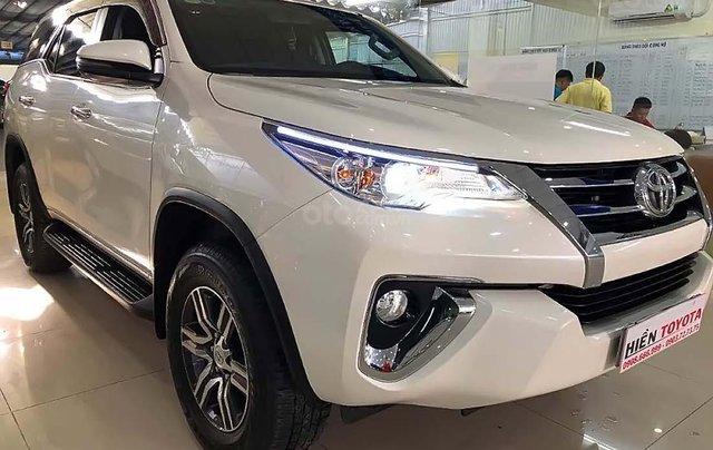 Bán xe Toyota Fortuner 2.7V 4x2 AT sản xuất 2019, màu trắng, xe nhập  0
