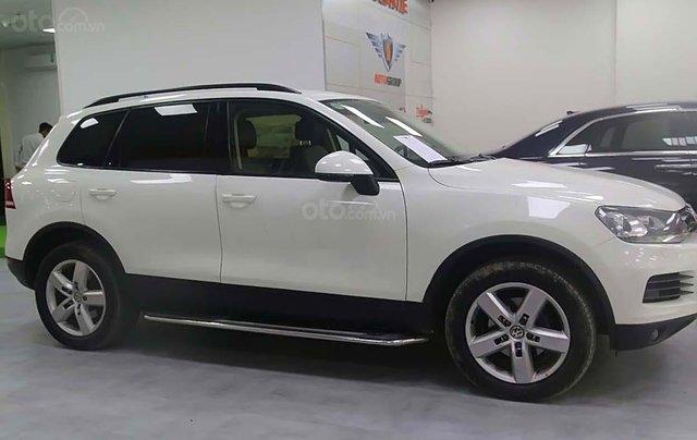 Cần bán Volkswagen Touareg 3.6 AT đời 2013, màu trắng, nhập khẩu0