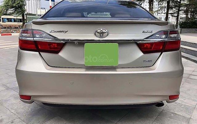 Bán xe Toyota Camry 2.0E đời 2016, giá 790tr1