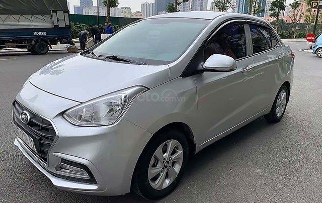 Bán ô tô Hyundai Grand i10 sản xuất năm 2018, màu bạc0