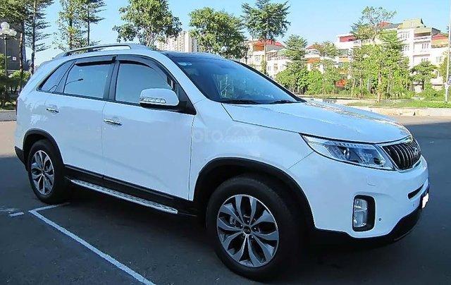 Cần bán lại xe Kia Sorento DATH năm 2015, màu trắng, giá tốt0