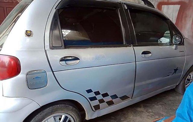 Cần bán gấp Daewoo Matiz 2005, màu bạc xe gia đình1