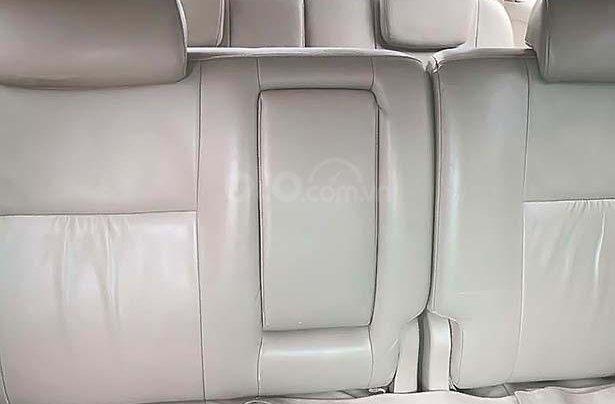 Cần bán Toyota Fortuner 2.7V 4x4 AT năm sản xuất 2010, màu xám1