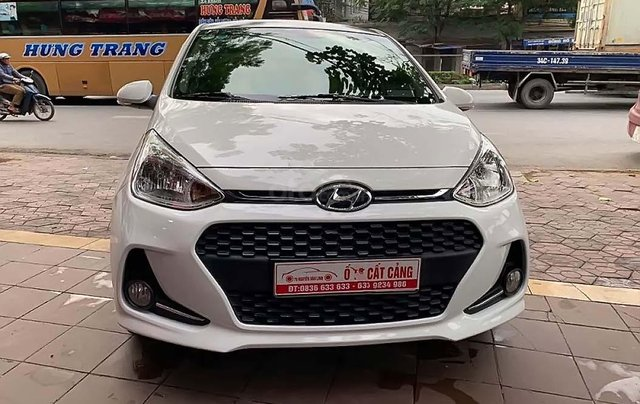 Cần bán gấp Hyundai Grand i10 sản xuất 2017, màu trắng, nhập khẩu0