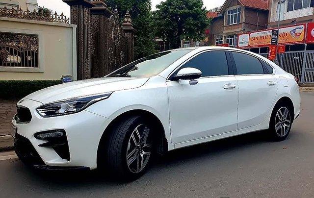 Cần bán lại xe Kia Cerato 2.0 AT Premium 2019, màu trắng, 718tr0