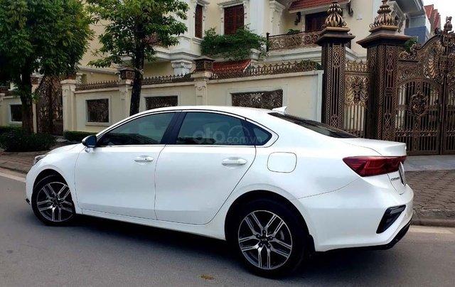 Cần bán lại xe Kia Cerato 2.0 AT Premium 2019, màu trắng, 718tr1