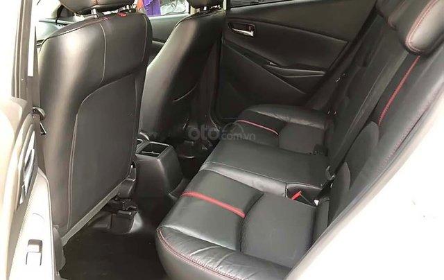 Cần bán xe Mazda 2 1.5AT đời 2017, màu trắng, giá chỉ 486 triệu3