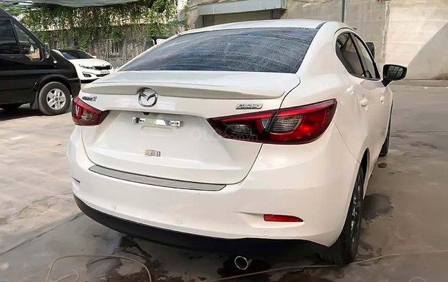 Cần bán xe Mazda 2 1.5AT đời 2017, màu trắng, giá chỉ 486 triệu1