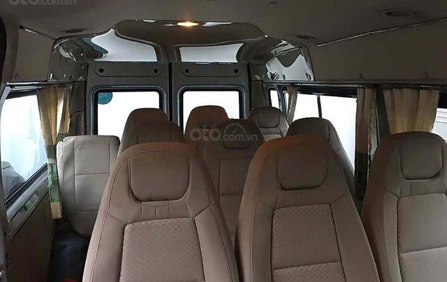 Cần bán Ford Transit sản xuất 2014, màu bạc, xe như mới1