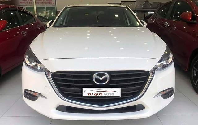 Cần bán Mazda 3 1.5AT đời 2017, màu trắng, 635 triệu1