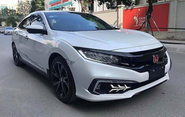 Cần bán Honda Civic 1.5 RS Turbo sản xuất năm 2019, màu trắng, xe nhập0