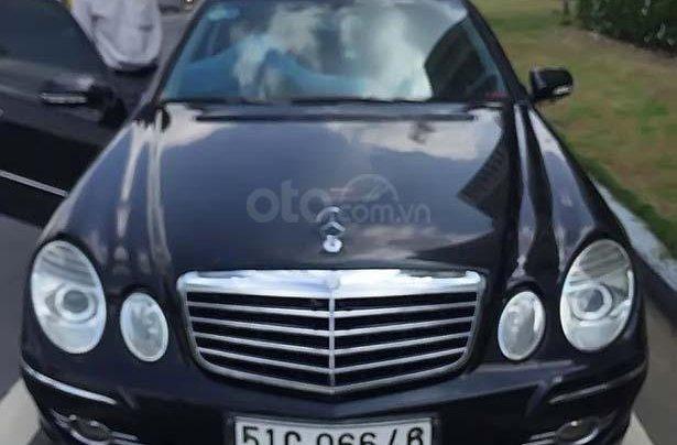 Bán ô tô Mercedes E200 sx 2008, màu đen xe gia đình0