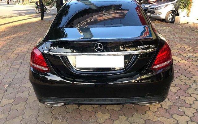 Cần bán Mercedes C300 AMG đời 2017, màu đen1