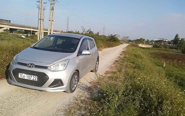 Cần bán gấp Hyundai Grand i10 1.0 MT đời 2014, màu bạc, nhập khẩu nguyên chiếc số sàn2